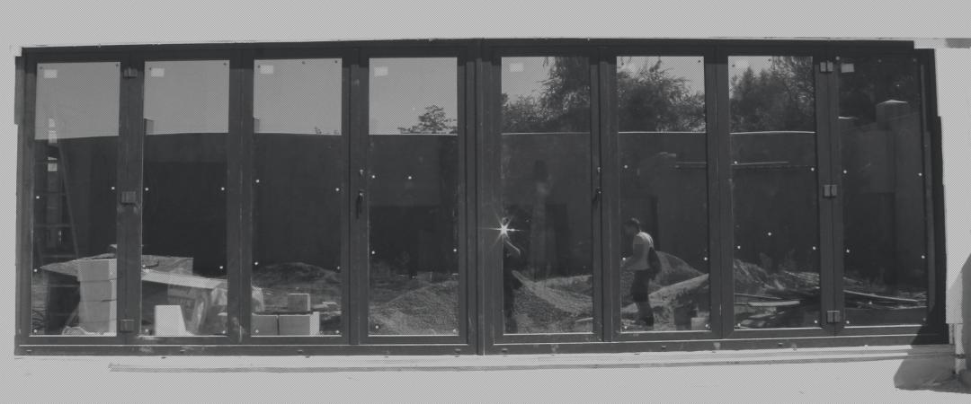 Розсувні двері-гармошка REHAU. Запоріжжя, 2014